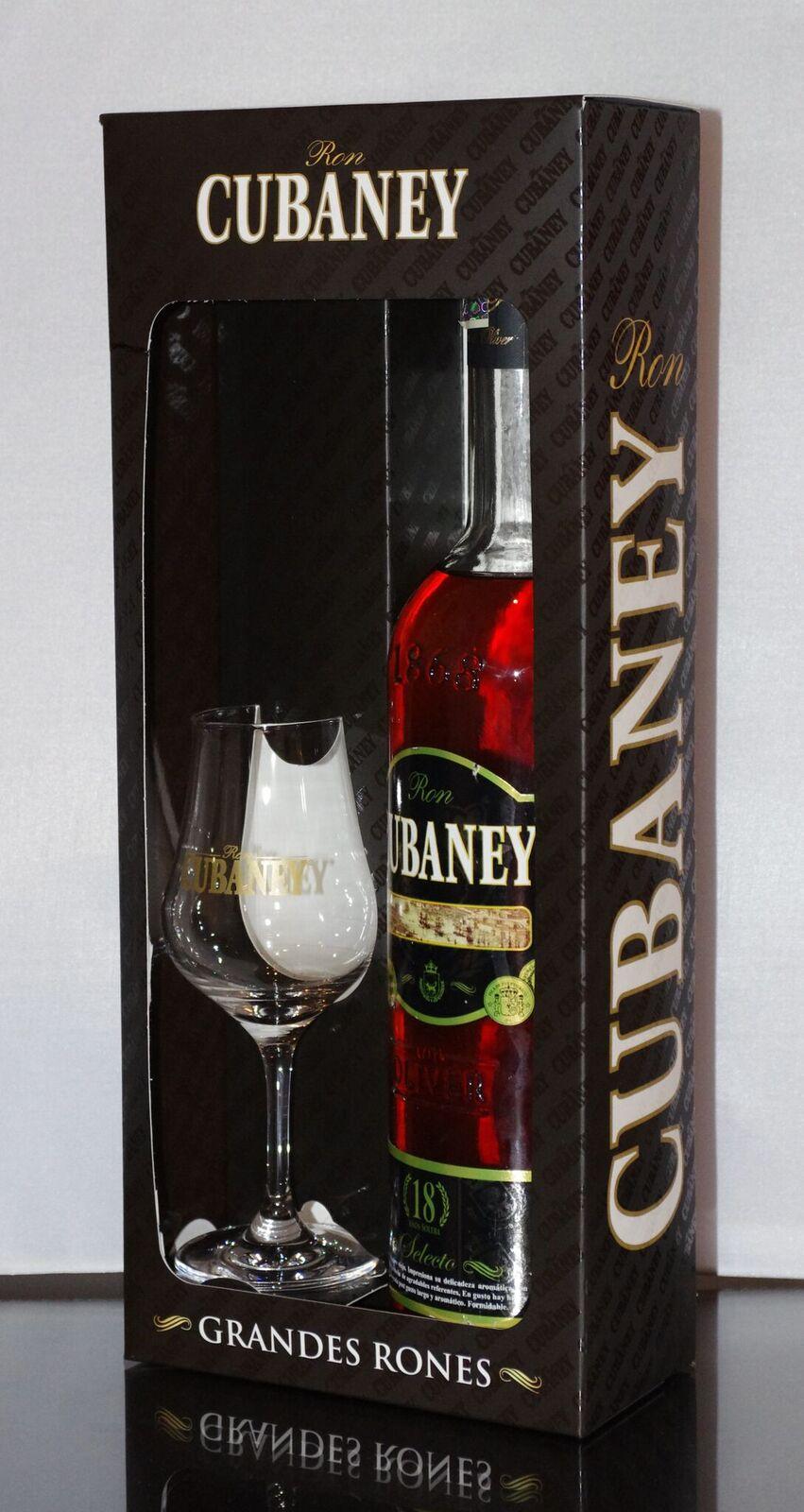 Cubaney Selecto 18 Años Dárkové balení se skleničkou